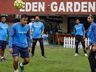 भारतीय टीम बारिश के कारण लगातार दूसरे दिन प्रैक्टिस नहीं कर पायी लेकिन बाद में धूप खिल गयी जिसके कारण ऑस्ट्रेलिया के खिलाफ आज दूसरे वनडे मैच में सभी ओवरों का खेल होने की संभावना बढ़ गयी है.