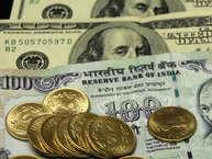 अमेरिकी रेटिंग एजेंसी मूडीज के भारत की रेटिंग सुधारने के बाद अब सबसे ज्यादा चर्चा विदेशी निवेश को लेकर हो रही है. ज्यादातर एक्सपर्ट्स और इकोनॉमिस्ट कह रहे हैं कि इससे भारत में तेजी से विदेशी निवेश बढ़ेगा.अगर आंकड़ों पर नजर डालें तो 17 नवंबर को खत्म हुएहफ्ते में देश का विदेशी पूंजी भंडार 55.42 करोड़ डॉलर से बढ़कर 399.29 अरब डॉलर हो गया, जो 25,949.3 अरब रुपये के बराबर है. लेकिन सवाल यह उठता है, कि क्या वाकई भारत विदेशी निवेशकों की पसंद है या नहीं.आइए जानते हैं विदेशी निवेशकों के 10 भरोसेमंद देशों कौन से हैं...