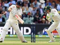 एशेज़ सीरीज़ का पर्थ टेस्ट इंग्लैंड के पूर्व कप्तान और ओपनर एलियेस्टर कुक का 150वां मैच है. वह इंग्लैंड के पहले और दुनिया के सिर्फ आठवें खिलाड़ी हैं जिन्होंने 150 से ज़्यादा टेस्ट मैच खेले हैं. क्रिकेट के जानकर मानते हैं कि वह सचिन के सर्वाधिक रनों का रिकॉर्ड तोड़ सकते हैं.आइये जानते हैं इस खिलाड़ी के बारे में ख़ास बातें...
