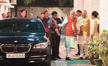 मोदी ने जाति की राजनीति में लाया ऐतिहासिक मोड़, विपक्षी दलों की खिसकी जमीन, ऐसे रच रहे षडयंत्र..!