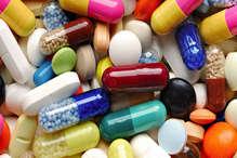 देश में हो सकती है दवाओं कि किल्लत, कंपनियों ने दी वॉर्निंग