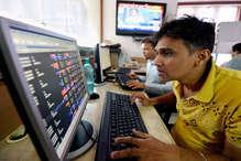 शेयर बाजार: GST की पहली सुबह सेंसेक्स ने पकड़ी रफ्तार