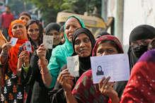 कांग्रेस-बीजेपी की जुबानी जंग के बीच गुजरात चुनाव समाप्त