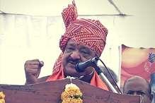 कैलाश विजयवर्गीय पर कांग्रेस की चुटकी, 'हार के डर से नहीं जा रहे बेटे की विधानसभा'