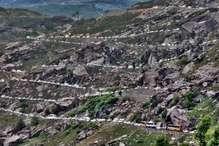 PHOTOS : रोहतांग के दीदार हुए मुश्किल, 50 किमी सफर के लिए लग रहे 7 से 8 घंटे