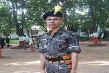 देव कुमार महतो की शहादत पर शोक में डूबा पूरा गांव