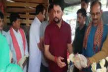 ऊना में मना पीएम मोदी का जन्मदिवस, बीजेपी नेताओं ने मिठाई व फल बांटे