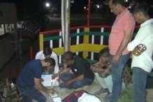सोलन पुलिस की एसआईयू टीम ने पकडे 1728 नशे के कैप्सूल