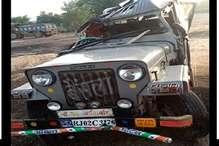 मेहंदीपुर बालाजी जा रही श्रद्धालुओं से भरी जीप पोल से टकराई, चार की मौत