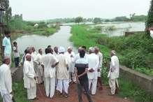 दादरी क्षेत्र में साढ़े तीन हजार एकड़ क्षेत्र में जलभराव, फसलें हुईं बर्बाद