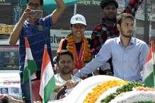 VIDEO: वर्ल्ड रेकॉर्ड बनाकर लौटी श्रेया का जबलपुर में भव्य स्वागत