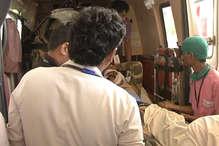VIDEO: नक्सली हमले में घायल हुए जवानों को रायपुर लाया गया