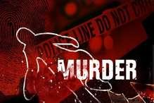 घर पर सो रहे युवक की कस्सी से हत्या, लापता भांजे पर शक