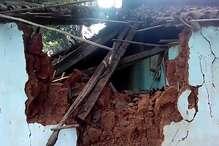 गुमला में हाथियों ने मचाया तांडव, घर तोड़े और फसल कर दी चौपट