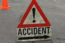 मालवाहक में जा रहे थे 40 लोग, सड़क हादसे में 25 से ज्यादा घायल, तीन गंभीर