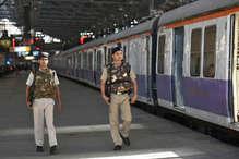 पुलवामा अटैक के बाद हाई अलर्ट पर रेलवे प्रोटेक्शन फोर्स, इन फैसलों पर होगा अमल