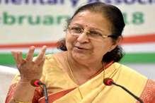 इंदौर लोकसभा सीट: ताई फिर मैदान संभालने के लिए तैयार, कांग्रेस को कैंडिडेट की तलाश