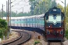 पटरियों पर आंदोलन से 1 करोड़ मुसाफिर परेशान, रेलवे को 100 करोड़ का नुकसान