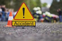 Accident : भीषण सड़क हादसे में 2 की मौत 3 गंभीर रूप से घायल