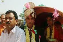 MP के इस गांव में बैलगाड़ी पर निकाली गई बारात, शादी में फिजूलखर्ची से बचने का दिया संदेश