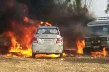बरातियों के देखते-देखते जल गईं तीन कारें