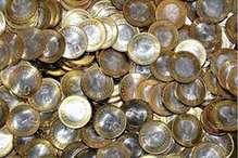 चोरों ने किया कंगाल तो बन बैठा नकली सिक्के बनाने का मास्टर माइंड