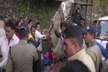 मसूरी में अतिक्रमण हटाने के दौरान भड़के लोग, चार गिरफ्तार