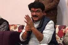 ग्रामीणों का आरोप- गांव से कम वोट मिले, मंत्री कर रहे परेशान