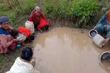 VIDEO: कीचड़ वाला गंदा पानी पी रहे मंडी के कुफरधार के लोग