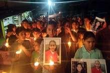 शिमला हादसा: कैंडल मार्च में रो पड़ी मेहल-मान्या की सहेलियां
