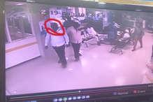 तमिलनाडु के इस गिरोह का अनोखा अंदाज, घुम-घुम कर करता है चोरी