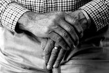 सेक्सोलॉजिस्ट का क़बूलनामा: मरीज पहचान छिपाने को कहते हैं...