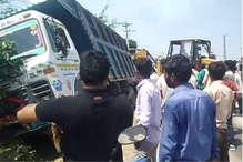अलवर में डंपर ने बाइक सवार 3 लोगों को रौंदा, 1 की मौत