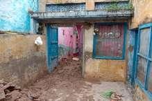 अंबाला में बारिश से मकान की छत गिरी, परिवार के 3 लोग घायल
