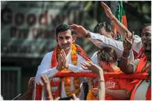 लोकसभा चुनाव: खेल के मैदान से राजनीति के दंगल तक, इन स्टार क्रिकेटर्स ने बिखेरी है चमक