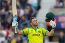 श्रीलंका के खिलाफ एरॉन फिंच का कहर, ठोक दिए 153 रन