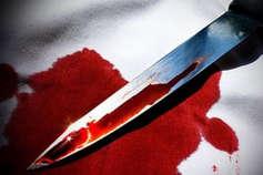 शोहदे ने घर से खींच 13 साल की लड़की का तलवार से काट दिया हाथ