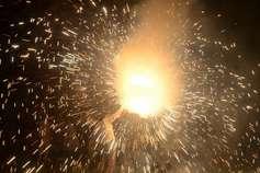 दिवाली हो तो ऐसीः पटाखे भी फूटे और प्रदूषण भी घटा