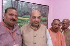 बीजेपी ने गोरखपुर से उपेन्द्र दत्त शुक्ला और फूलपुर से कौशलेन्द्र सिंह पटेल को बनाया प्रत्याशी