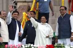 Exclusive: UP में बराबर-बराबर सीटों पर लड़ सकते हैं सपा, बसपा और कांग्रेस!