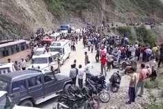 देवलोक ले जा रही हैं देवभूमि की सड़कें, इस साल सड़क हादसों में अब तक 450 की मौत