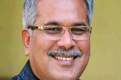 छत्तीसगढ़: CM के दावेदार भूपेश बघेल का ट्वीट- हंसते हुए दिल्ली जा रहा हूं, हंसते हुए आऊंगा