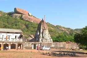 श्री कृष्ण ने की थी इस मंदिर में ऋषिकेश के विग्रह की स्थापना
