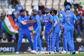 बेडरूम से हो रही थी भारत-साउथ अफ्रीका मैच की Live कमेंट्री, जानिए चौंकाने वाला सच