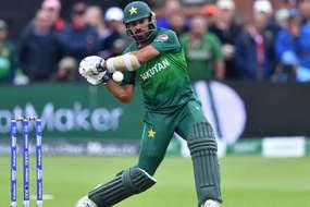 पाकिस्तानी खिलाड़ी की अंगुली टूटी थी फिर भी बल्लेबाजी को उतरे और टीम को बनाया चैंपियन