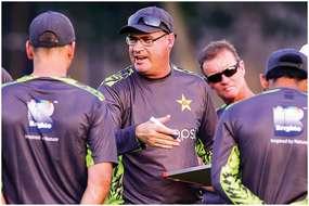सामने आया बैटिंग कोच ग्रांट फ्लावर का दर्द, कहा पाकिस्तान के पूर्व खिलाड़ियों ने पीठ में छुरा घोंपा