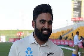 'इंडिया' के स्पिनर एजाज पटेल ने न्यूजीलैंड के लिए चटकाए पांच विकेट, श्रीलंका के खिलाफ बराबरी पर मुकाबला