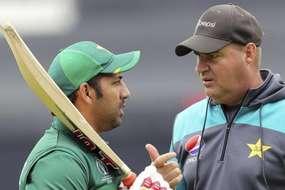 पाकिस्तान बोर्ड का बड़ा फैसला, अब टीम के कोच नहीं होंगे मिकी आर्थर