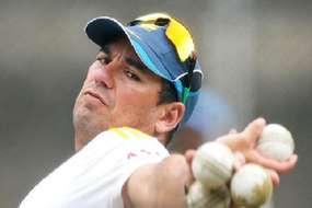 20 साल की उम्र में छोड़ दिया था क्रिकेट, अब बना भारत के पड़ोसी मुल्क का कोच