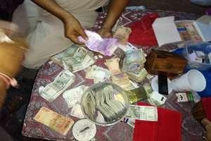 PHOTOS : नशे के सौदागरों पर कार्रवाई को गई पुलिस पर हमला, 8.37 लाख रुपए बरामद